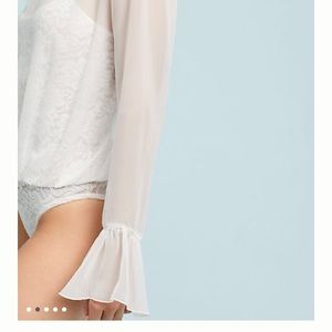 Anthropologie Tops - Anthropologie HA Bell Sleeved Body Suit Women's M